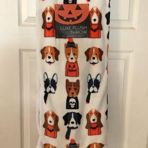 Halloween Dogs Throw Blanket